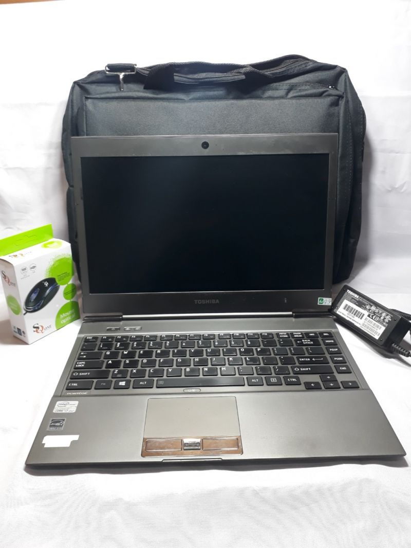 CRAZY SALE LAPTOP Toshiba Ultrabook Portege Z930 Core i7 IVY BRIDGE DDR3 - SSD - WIN 7 PRO